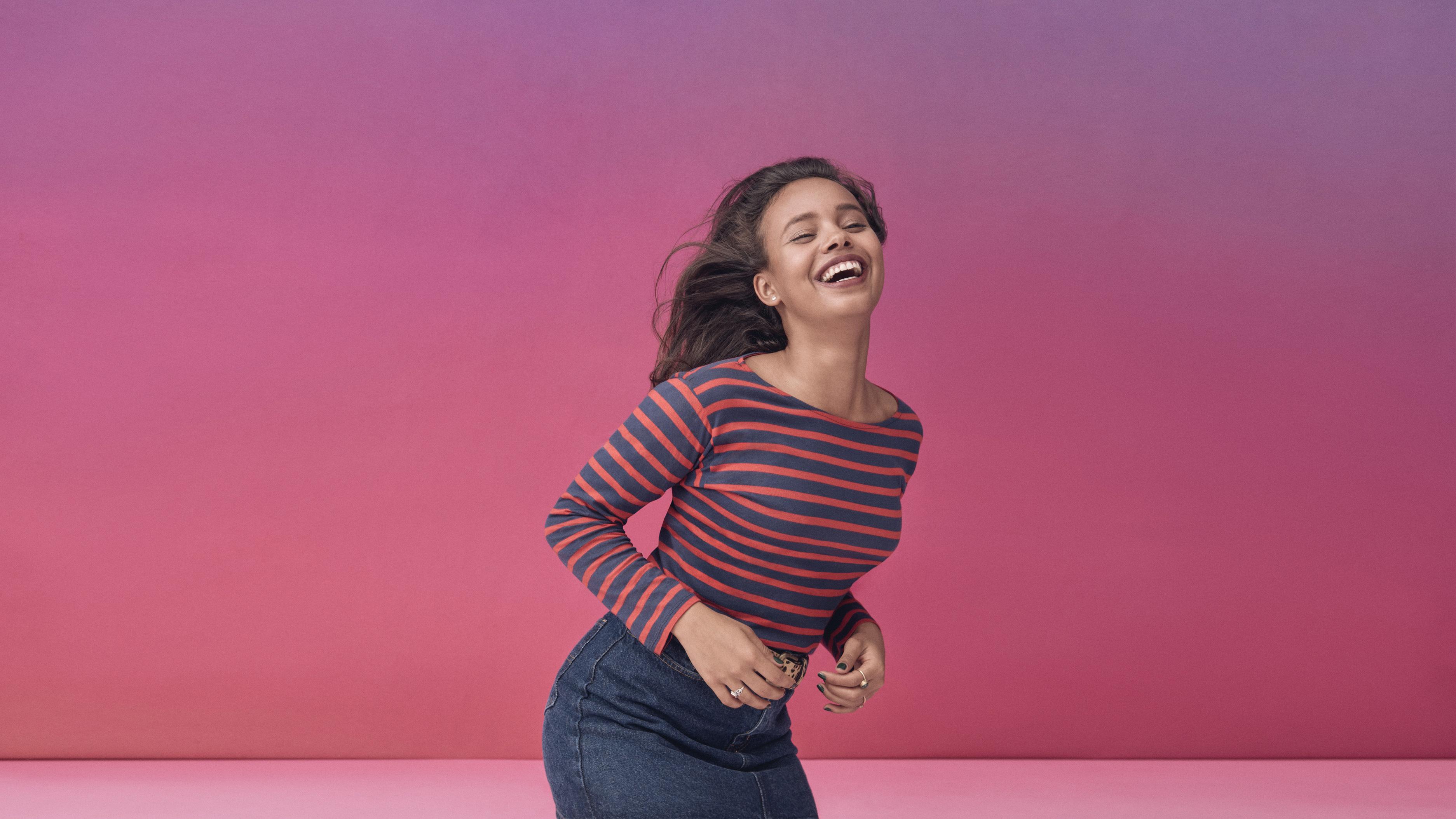 happy alisha boe actress wallpaper background 64062