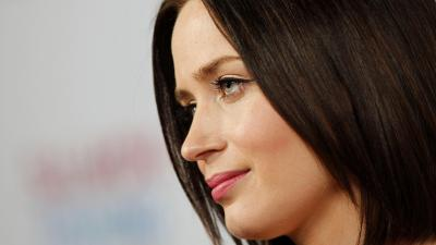 Emily Blunt Face Wallpaper Background 63341