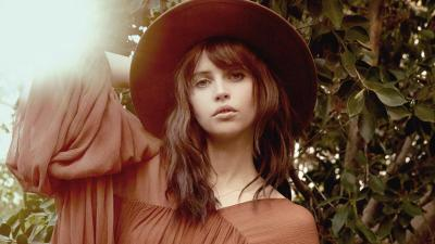 Felicity Jones Hat Wallpaper 64784