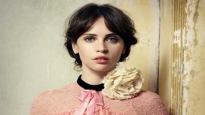 Felicity Jones Outfit Pictures Wallpaper 64792