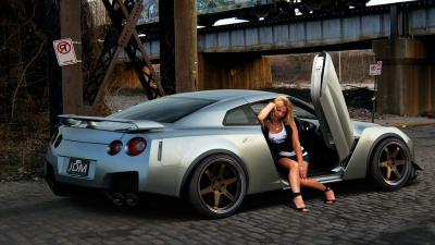 Silver Nissan GTR Wallpaper Background 63320