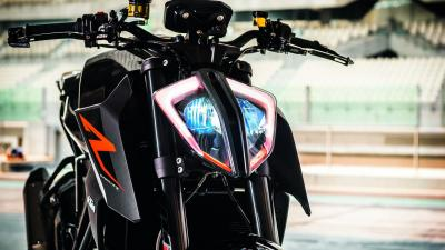 KTM Bike Headlight HD Wallpaper 66457