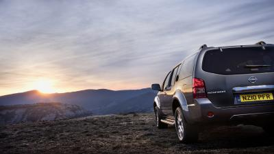 Nissan Pathfinder Off Roading Wallpaper 65980