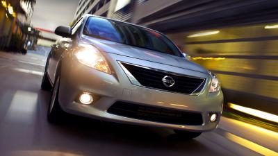 Nissan Versa Rolling Shot Wallpaper 65992