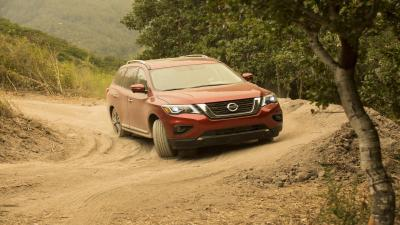 Red Nissan Pathfinder Desktop Wallpaper 65987