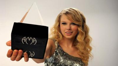 Taylor Swift Award Wallpaper 66443