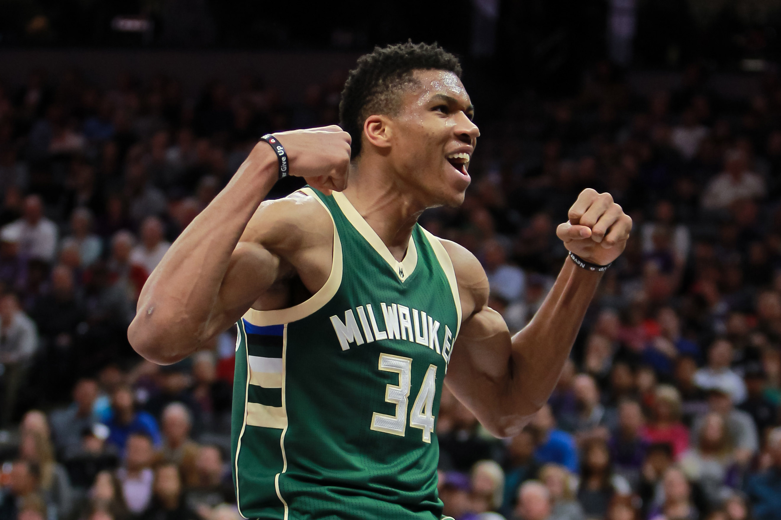 giannis antetokounmpo muscles wallpaper 63780