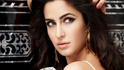 Katrina Kaif Face Makeup Wallpaper 65365