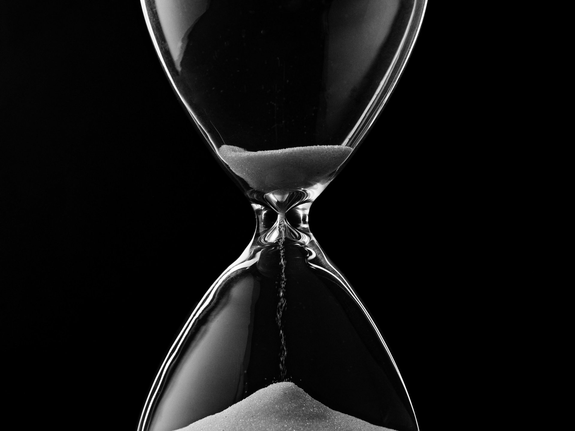 monochrome hourglass hd wallpaper 65046