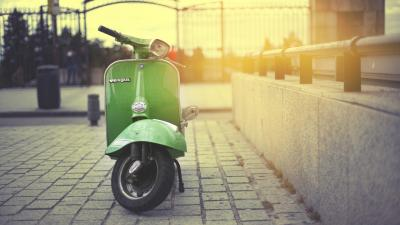 Green Scooter HD Wallpaper 62831