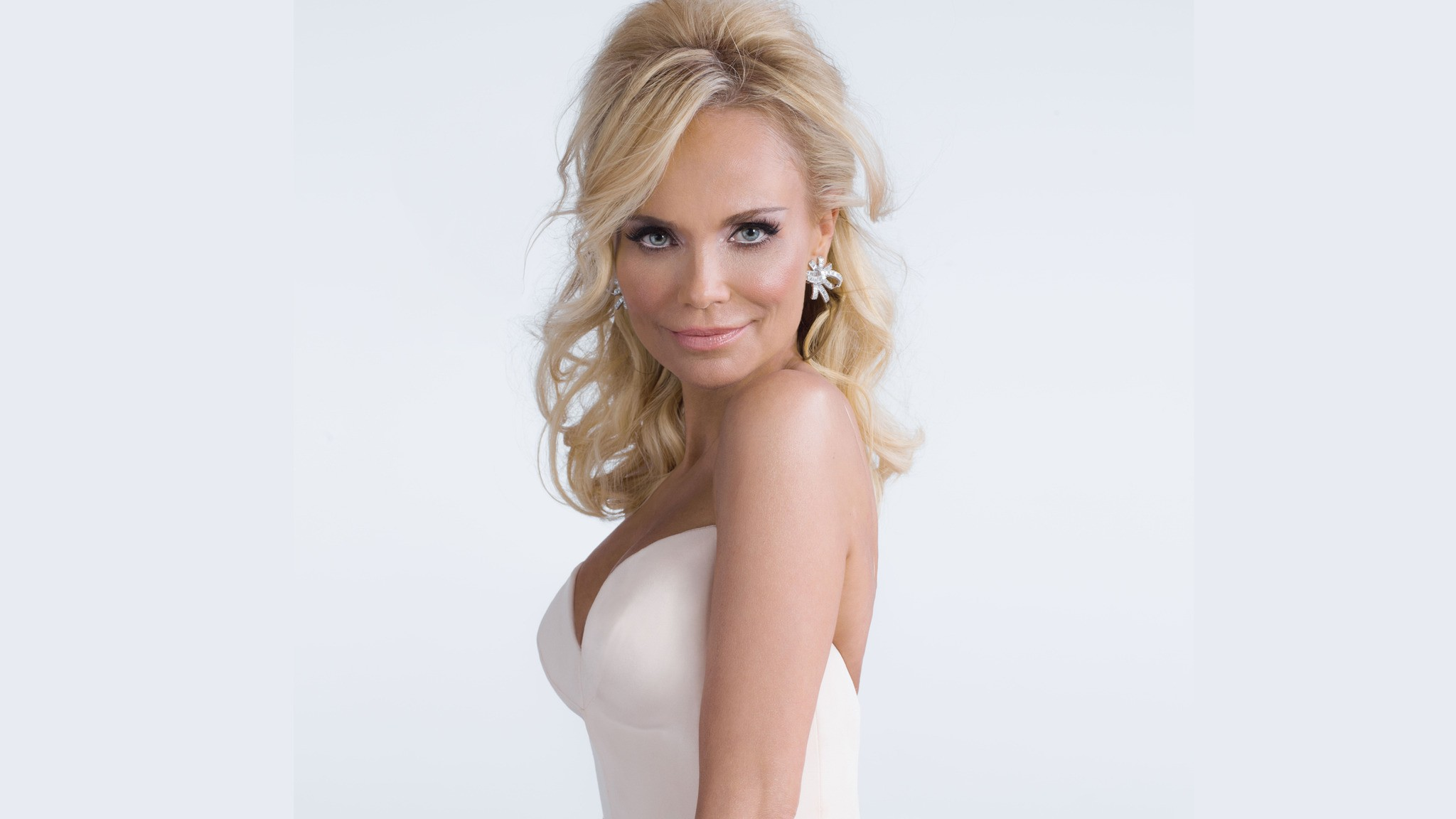 kristin chenoweth desktop wallpaper 65616