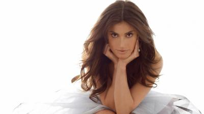Idina Menzel Desktop Wallpaper 65611