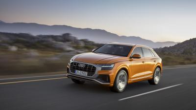 Audi Q8 Rolling Shot Wallpaper 66033