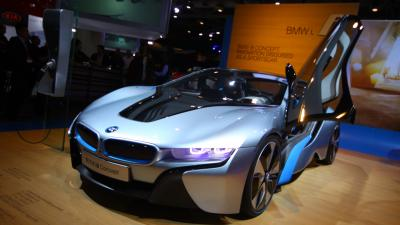 BMW i8 Showroom Wallpaper Background 64645