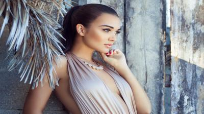 Hot Amy Jackson Bathing Suit Wallpaper 64637