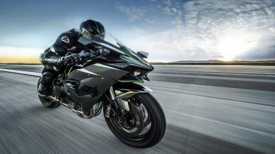 Kawasaki Ninja H2 Widescreen Wallpaper 64733