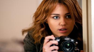 Miley Cyrus Actress Wallpaper 65731