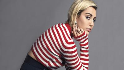 Miley Cyrus Background Wallpaper 65725