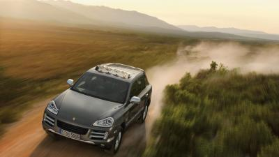 Porsche Cayenne Off Roading Wallpaper 66084