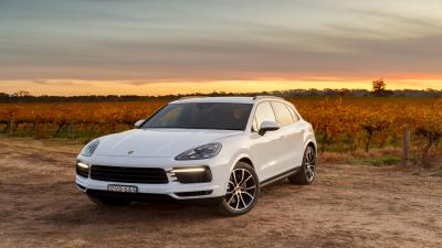 White Porsche Cayenne Car Wallpaper 66082