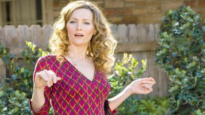 Leslie Mann Actress Wallpaper 66818