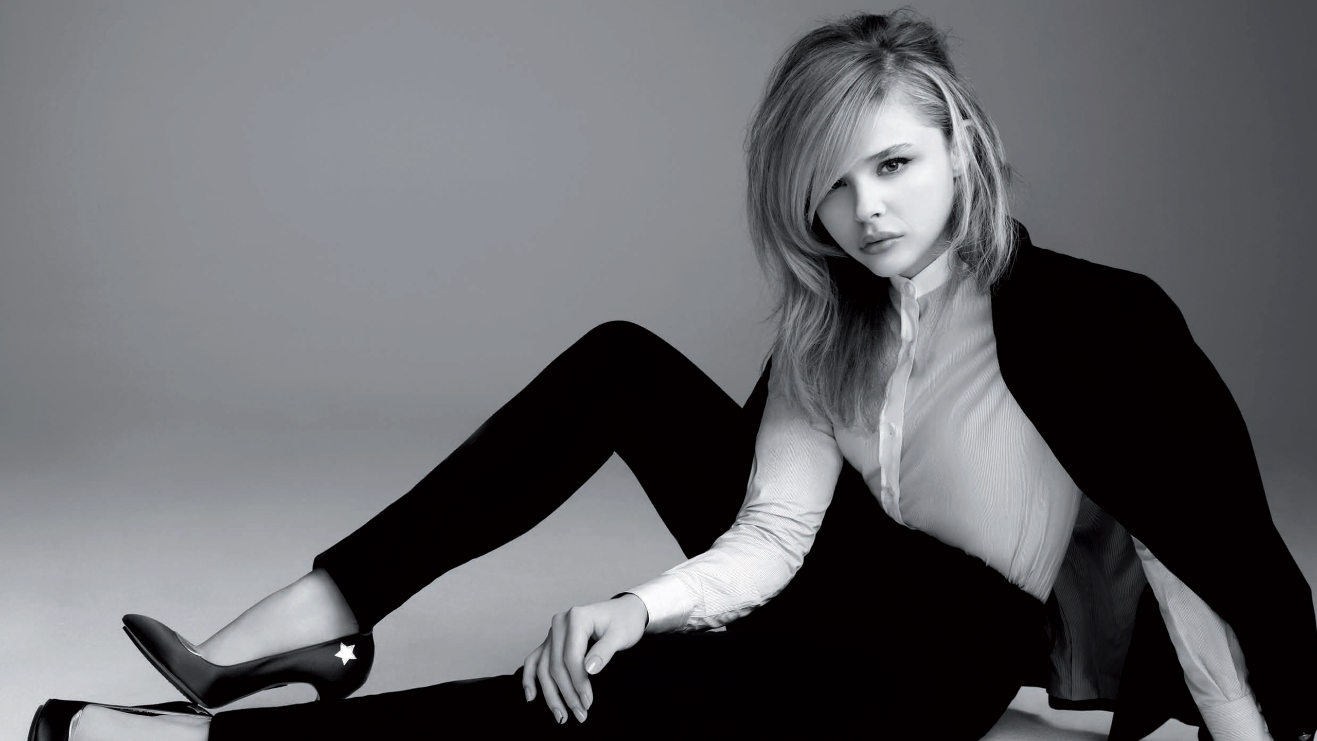 monochrome chloe grace moretz wide wallpaper 66661