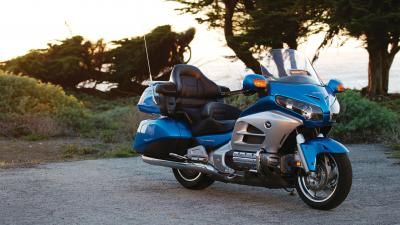Honda Goldwing Blue Bike Background Wallpapers 66800