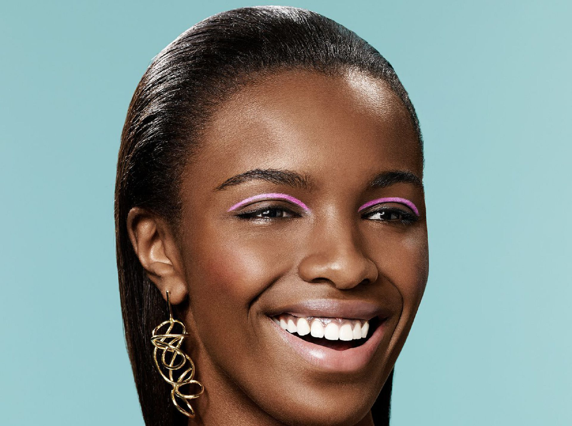 leomie anderson smile wallpaper 66728