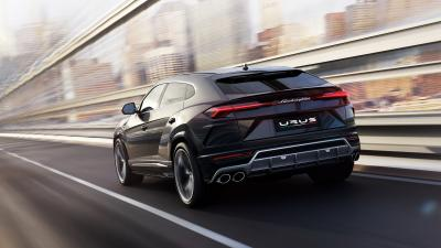 Lamborghini Urus Rear View Wallpaper 66520
