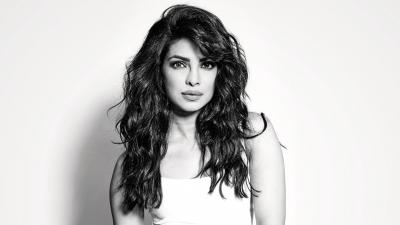 Monochrome Priyanka Chopra Background Wallpaper 66603