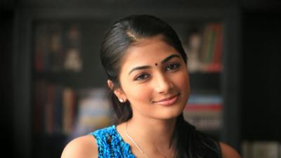 Pooja Hegde Actress Wallpaper 66607