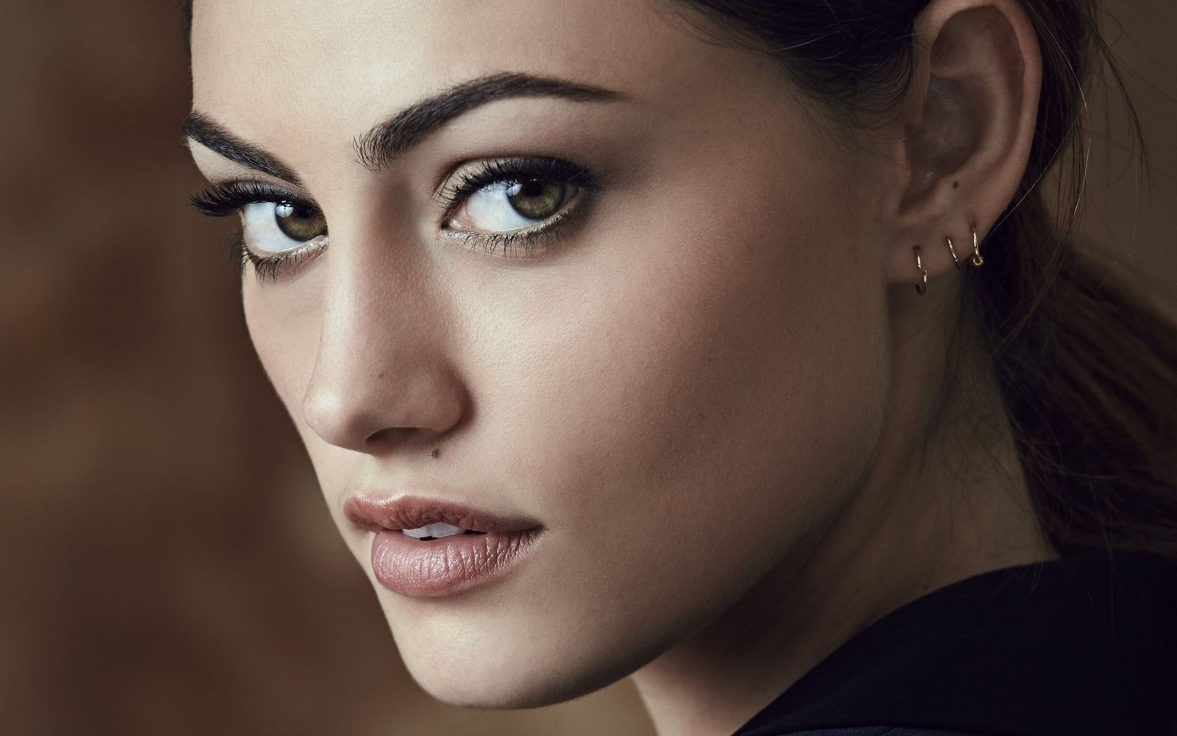 phoebe tonkin face hd wallpaper 66959