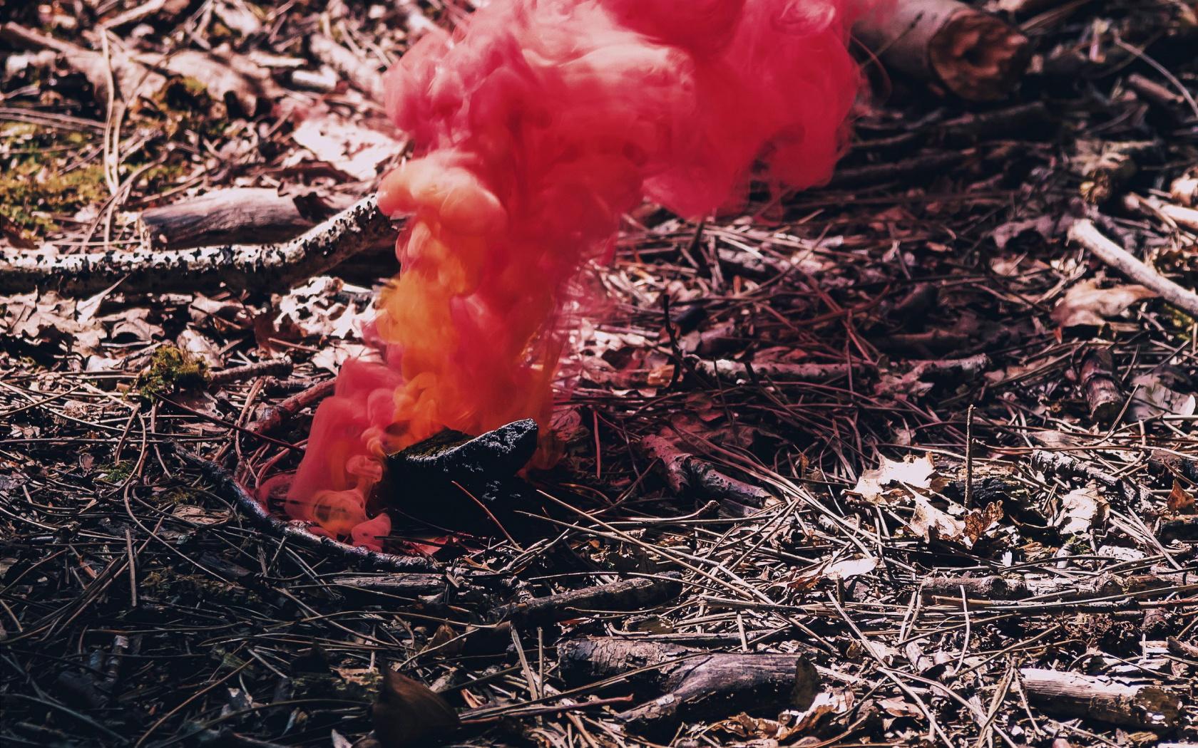 red smoke hd wallpaper 68646