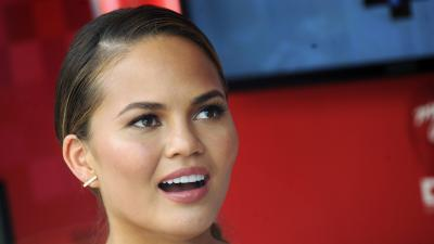 Chrissy Teigen Face Wallpaper 68409