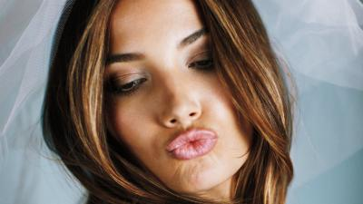 Lily Aldridge Kiss Face Wallpaper 66715