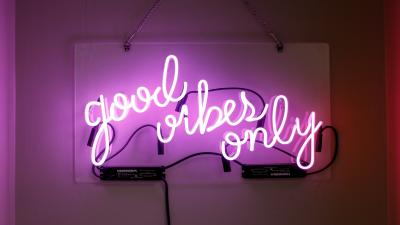 Good Vibes Neon Sign Wallpaper 70598