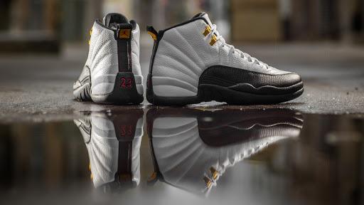 jordan shoes reflection wallpaper 70212