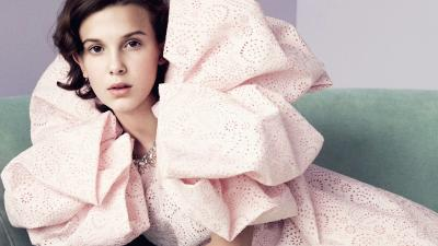 Millie Bobby Brown Wide Wallpaper 71716