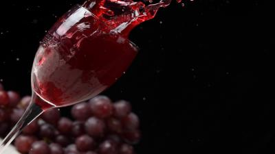 Wine Splash Background Wallpaper 70558