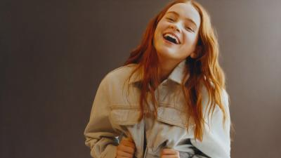 Sadie Sink Laughing Wallpaper 70397
