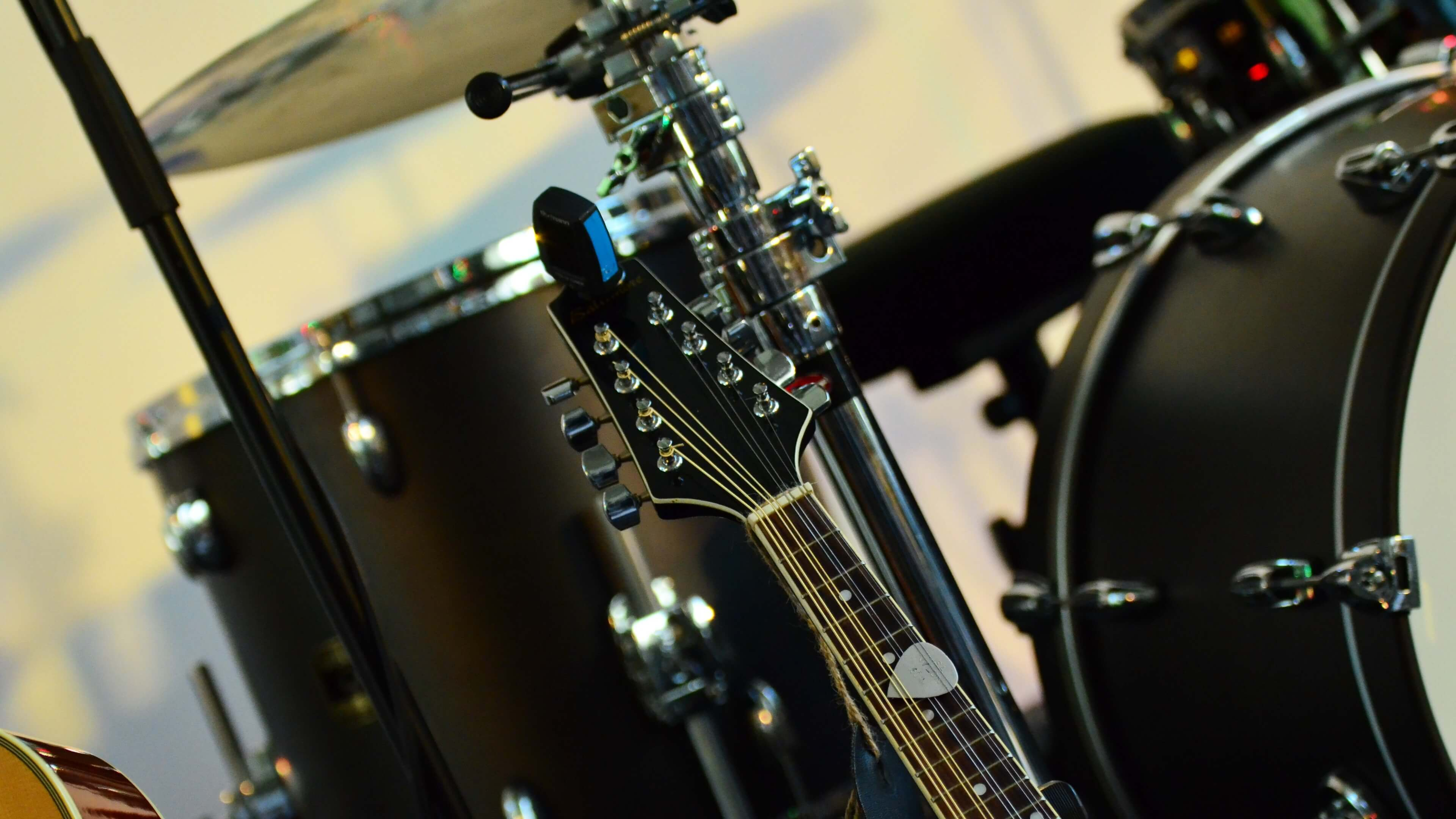musical instruments hd wallpaper 71820