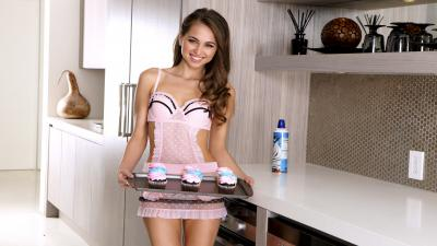 Riley Reid Cupcake Wallpaper 74236