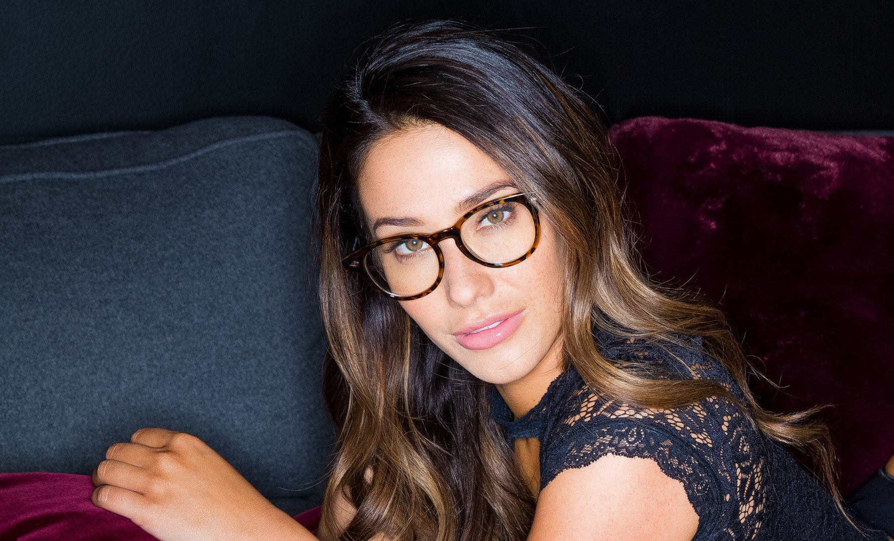 eva lovia glasses wallpaper 73654