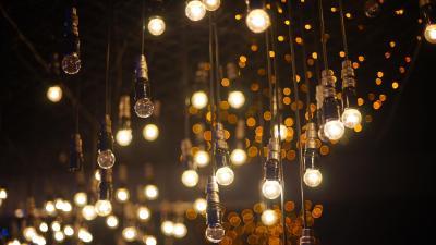 Light Bulbs Background Wallpaper 73705