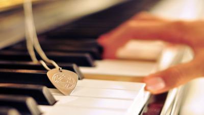 Classic Piano HD Wallpaper 73487