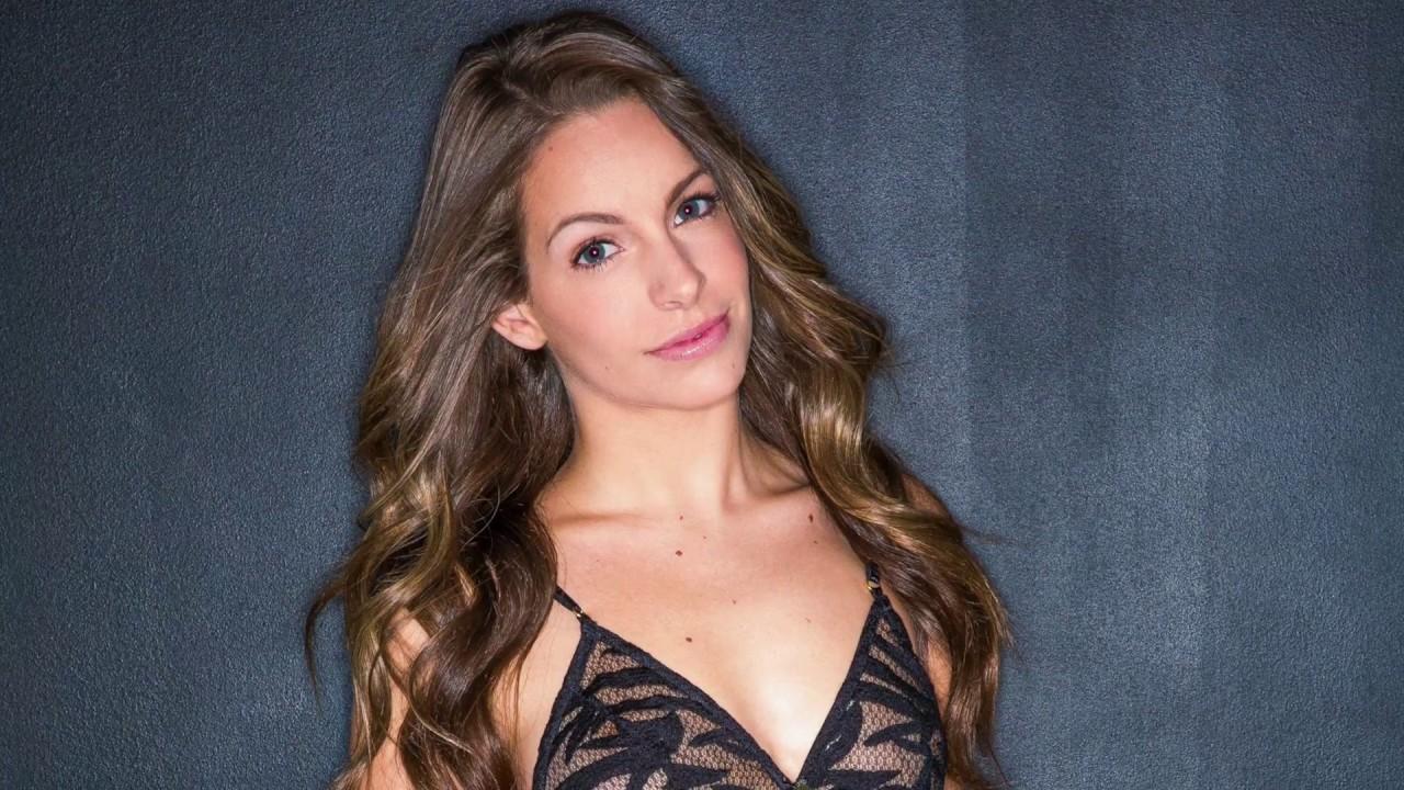 kimmy granger sexy lingerie 4k wallpaper 72854