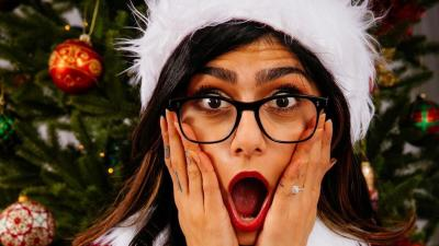 Mia Khalifa Hot Christmas HD Wallpaper 62095